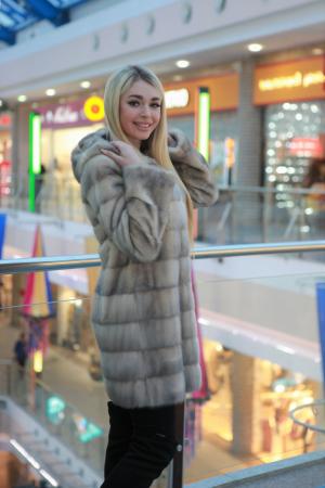 Меховое пальто на плащевой ткани